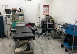 clinica de cirugia estetica con completo quirofano