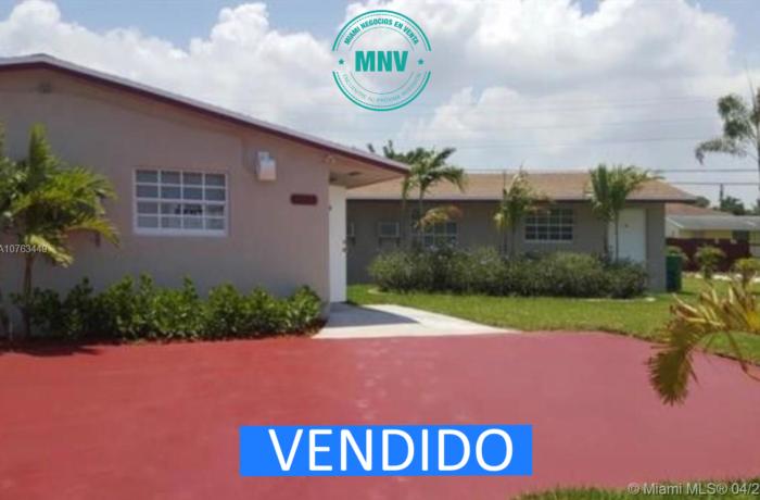 Multifamilar a la venta en Miami area de Homestead