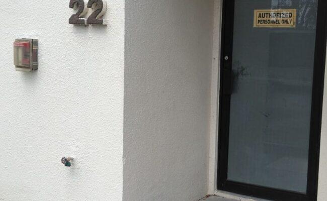 Entrada a local de negocio en venta-Wellington, FL-Jorge J Gomez