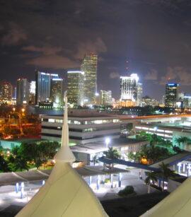Economía de Florida. Lea aquí como se puede beneficiar al invertir en Miami.